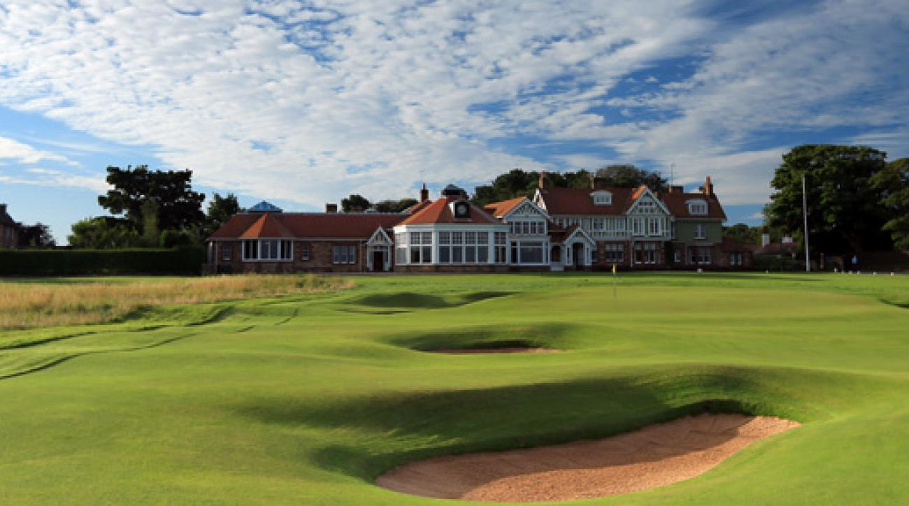 the confidential guide to golf courses