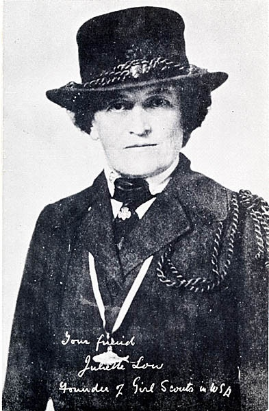 founder of the girl guides